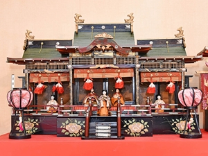 Winter Exhibition - 39th Hina Dolls Exhibit